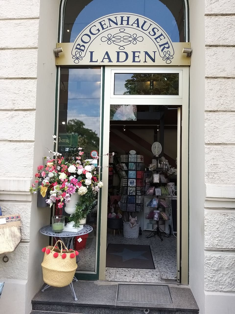 Bogenhause Laden